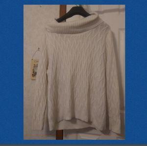 Avenue NWOT 18/20 cream sweater.